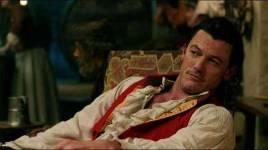La belle et la bête: la série Disney + Prequel mettant en vedette Gaston de Luke Evans obtient un titre