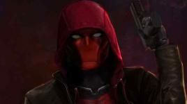 TITANS: Star Curran Walters partage un aperçu détaillé du casque endommagé par la bataille de Red Hood
