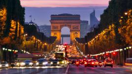Découvrons l'histoire des Champs-Élysées