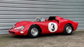 La réplique de la Ferrari pour enfants établit un nouveau record de prix aux enchères à Paris