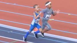 Un garçon de sept ans bat tout le record du sprint
