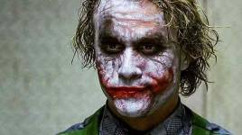 BATMAN COMMENCE et THE DARK KNIGHT sont les derniers films prêts à quitter HBO Max pour Peacock