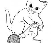 Coloriage Chat en jouant avec une pelote de laine