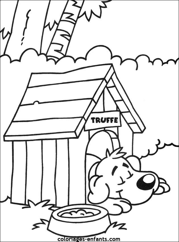 Coloriage Chien s'endort dans sa maison dessin gratuit à ...