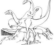 Coloriage Dinosaures volent des oeufs