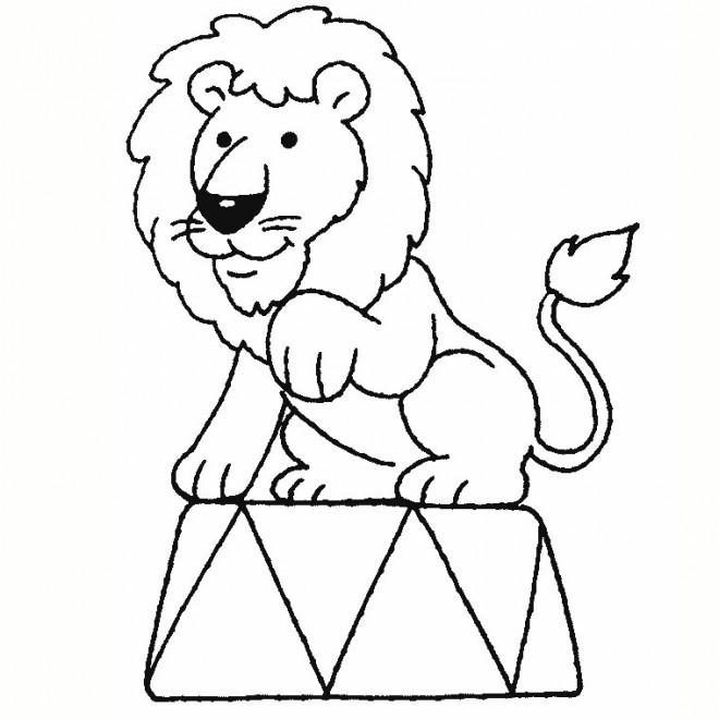 Coloriage et dessins gratuits Lion de Cirque à imprimer
