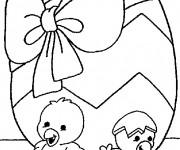Coloriage Poussins et cadeau d'anniversaire