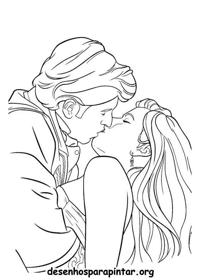 Coloriage et dessins gratuits Amoureux qui s'embrasse à imprimer
