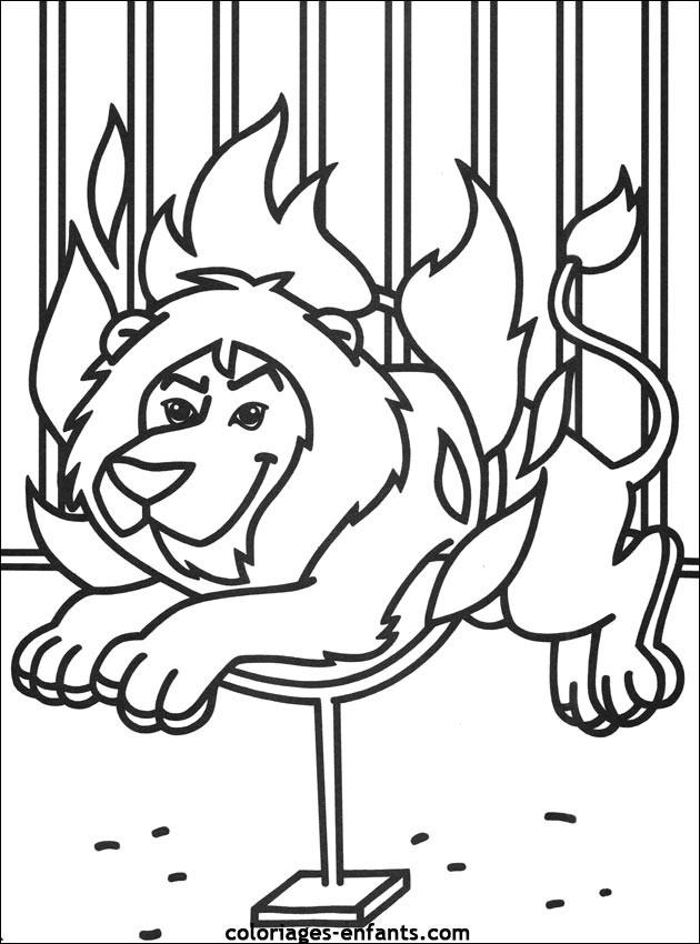 Coloriage et dessins gratuits Cirque Spectacle de Lion à imprimer