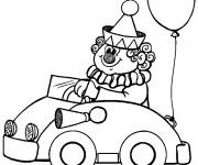Coloriage Le Clown de Cirque conduit sa petite voiture