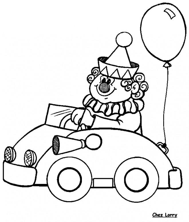 Coloriage et dessins gratuits Le Clown de Cirque conduit sa petite voiture à imprimer