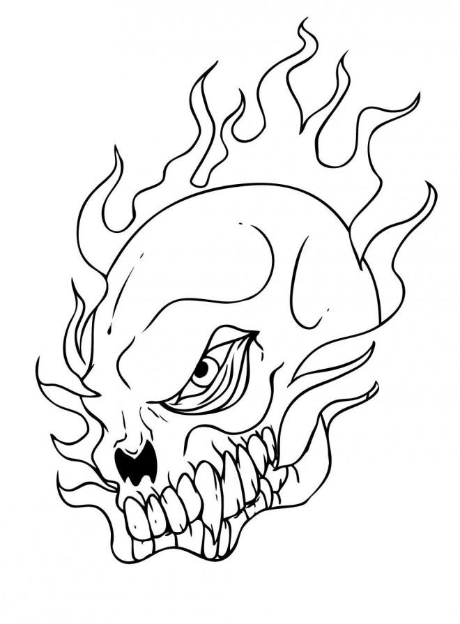 Coloriage et dessins gratuits Crâne de mort  en feu à imprimer