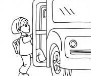 Coloriage Élève monte l'autobus scolaire