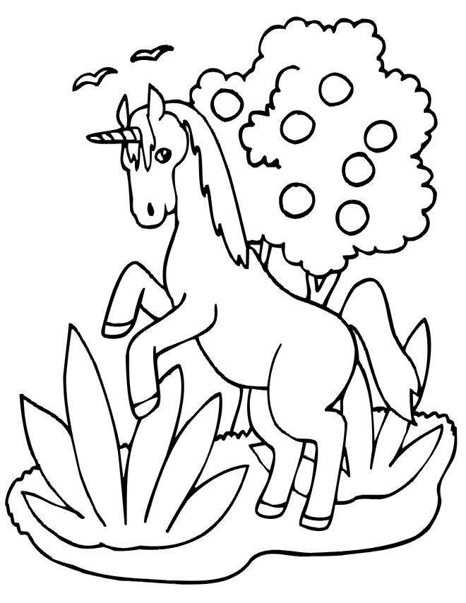 Coloriage et dessins gratuits Licorne en sautant à imprimer