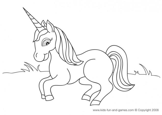 Coloriage et dessins gratuits Petite Licorne à imprimer