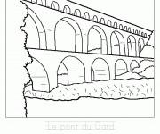 Coloriage et dessins gratuit Le Pont du Gard à imprimer