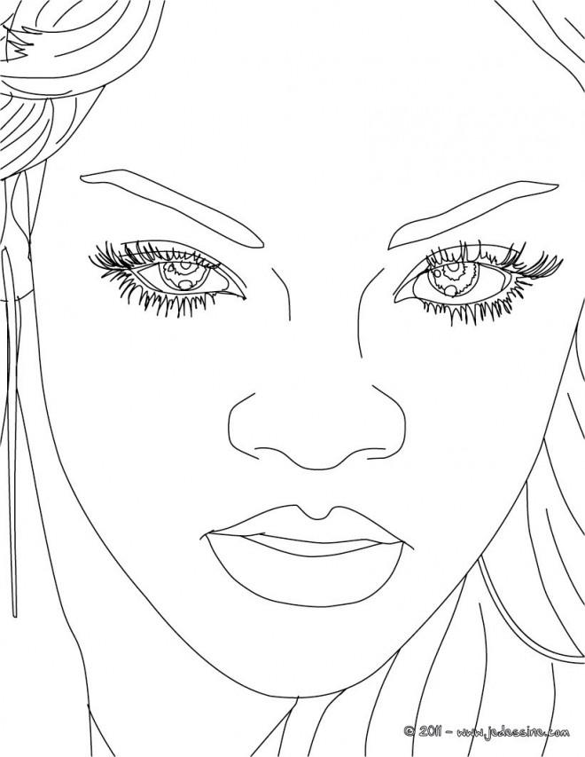 Coloriage et dessins gratuits Portrait de Rihanna à imprimer