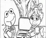 Coloriage et dessins gratuit Miss Piggy et Kermit font un pique-nique à imprimer
