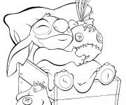 Coloriage Stitch et son jouet