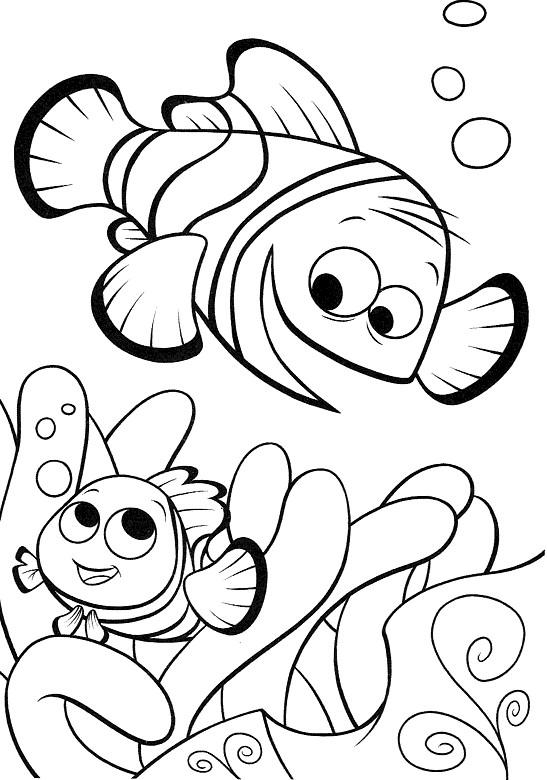 Coloriage et dessins gratuits Nemo joue avec son père à imprimer