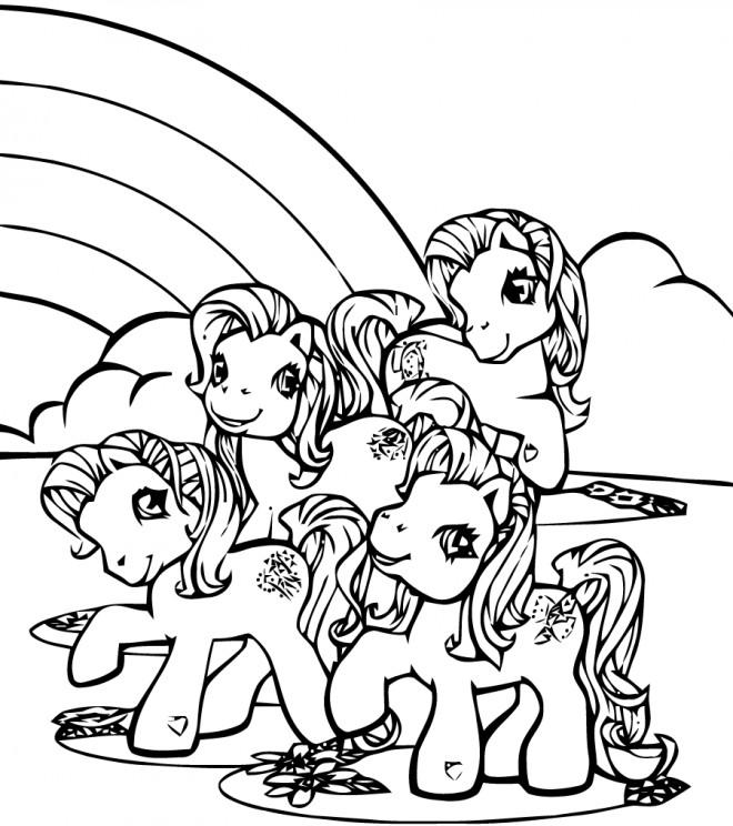 Coloriage et dessins gratuits Les petits poneys ensemble à imprimer