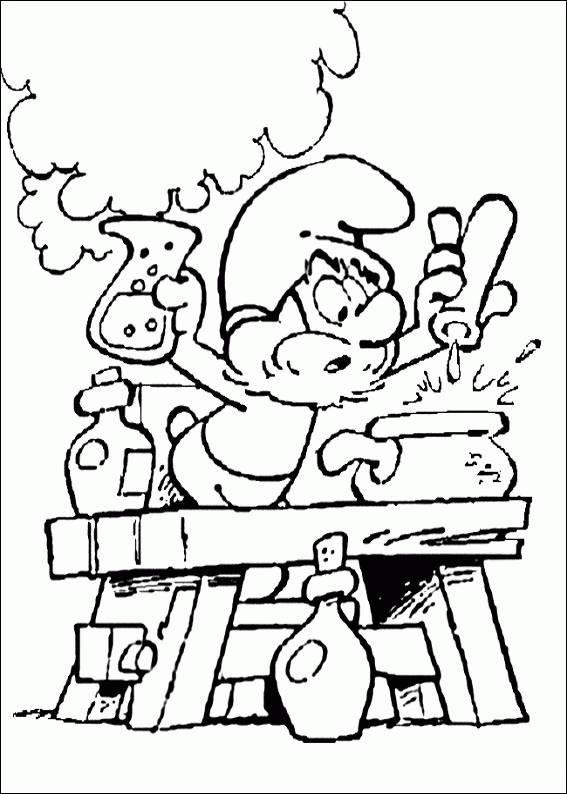 Coloriage et dessins gratuits Grand Schtroumpf en plein expérience à imprimer
