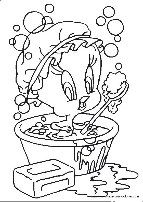 Coloriage et dessins gratuits Titi fait une douche à imprimer