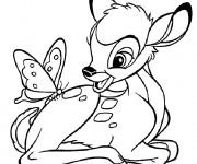 Coloriage Bambi avec un papillon