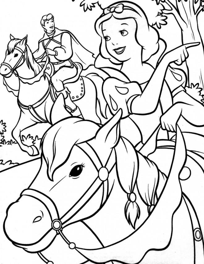 Coloriage et dessins gratuits Blanche neige en cheval à imprimer