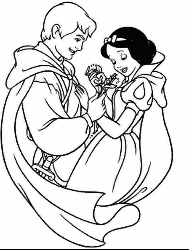 Coloriage et dessins gratuits Blanche Neige et son fameux prince à imprimer