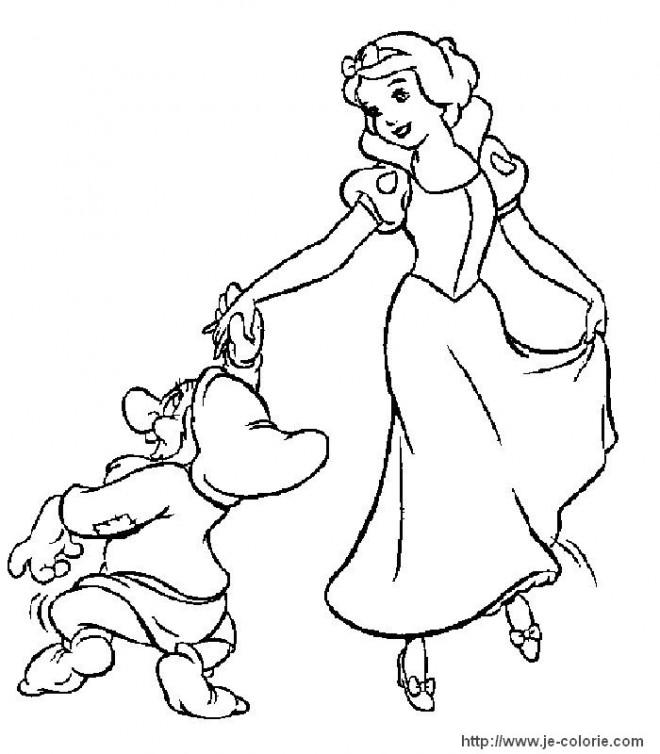 Coloriage et dessins gratuits Timide accompagne blanche en dance à imprimer