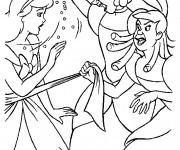 Coloriage et dessins gratuit Anastasie et Javotte querellent avec Cendrillon à imprimer
