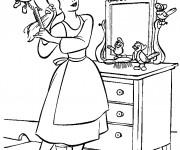 Coloriage dessin  Cendrillon se brosse les cheveux