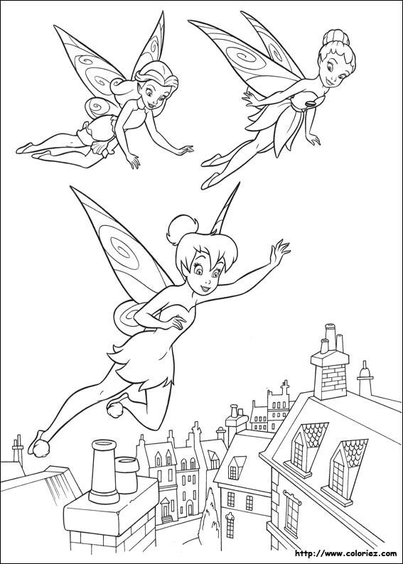Coloriage et dessins gratuits Fee Clochette entrain de voler avec ses amies à imprimer