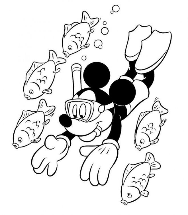 Kleurplaat Minnie En Mickey Mouse Coloriage Mickey Nage Avec Les Poissons Dessin Gratuit 224