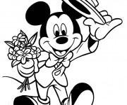 Coloriage et dessins gratuit Mickey tient un bouquet de fleurs à imprimer