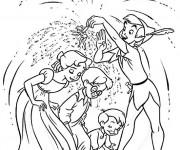 Coloriage et dessins gratuit Peter Pan et les enfants à imprimer