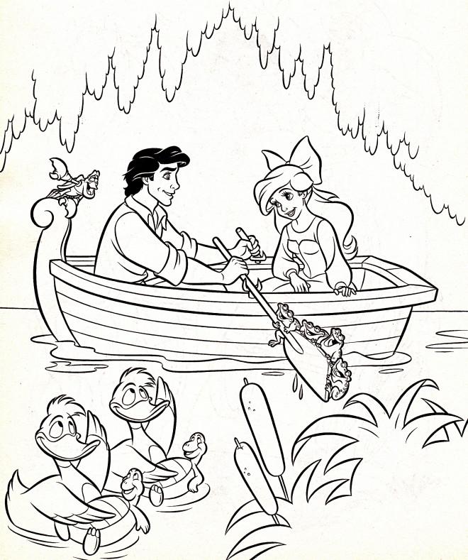 Coloriage et dessins gratuits Princesse Ariel et Prince Eric naviguent à imprimer