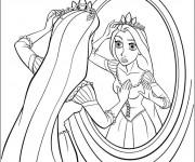 Coloriage et dessins gratuit Raiponce se regarde dans le miroir à imprimer