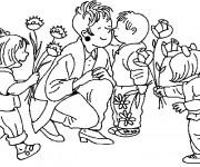 Coloriage Les enfants donnent les fleurs à leur Maman