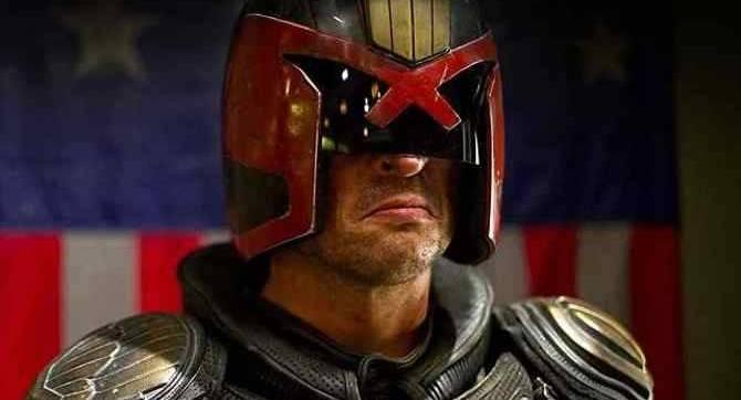 La star de DREDD, Karl Urban, espère revenir en tant que juge Dredd dans la série d'action en direct prévue de MEGA-CITY ONE