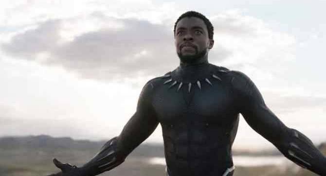 Les co-stars de l'univers cinématographique Marvel et Hollywood rendent hommage à Chadwick Boseman après son décès tragique