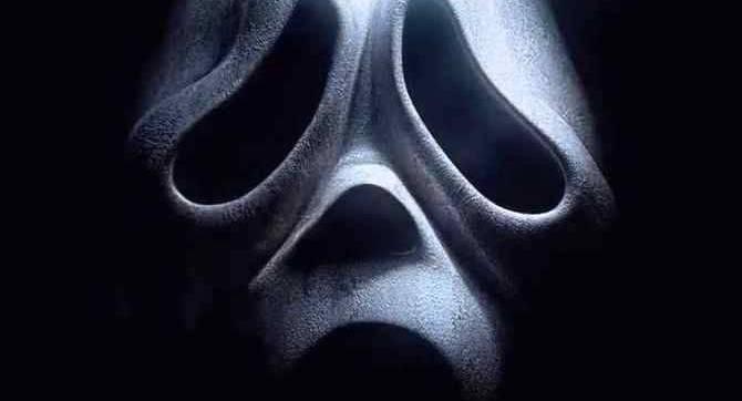SCREAM est de retour car Paramount fixe la date de sortie de janvier 2022 pour le cinquième chapitre à venir