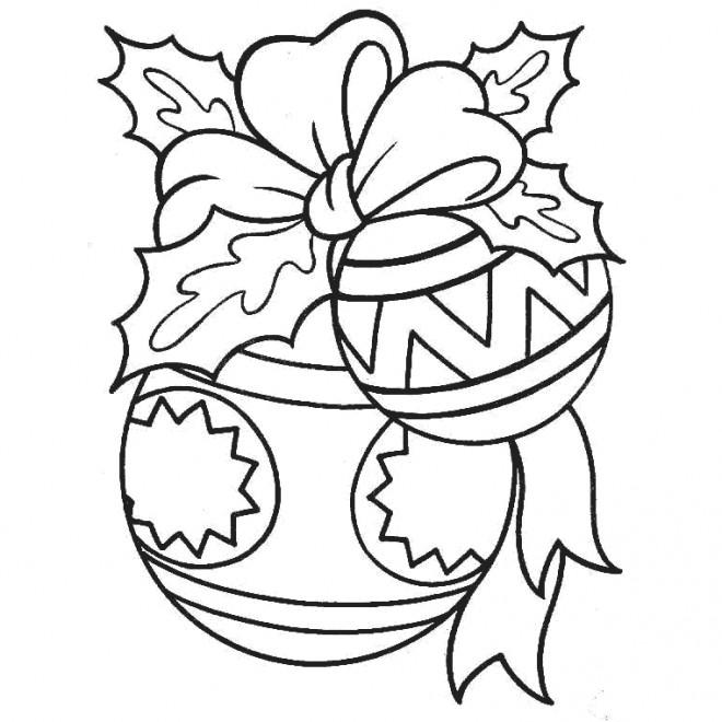 Coloriage et dessins gratuits Boule de Noel bien décorée à imprimer