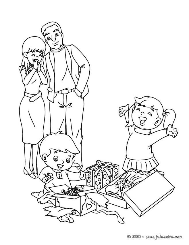 Coloriage et dessins gratuits Le Joie des enfants de leurs Cadeaux à imprimer