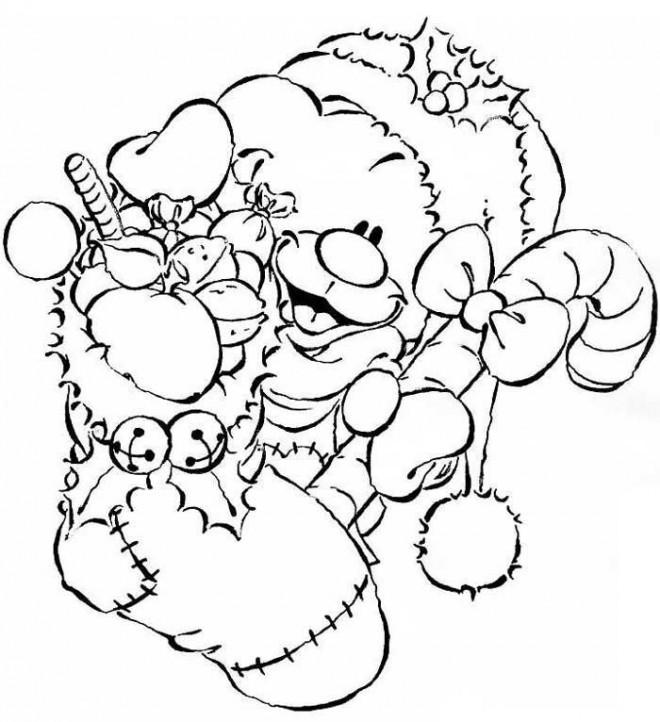 Coloriage et dessins gratuits Ours mignon porte des Cadeaux de Noel à imprimer