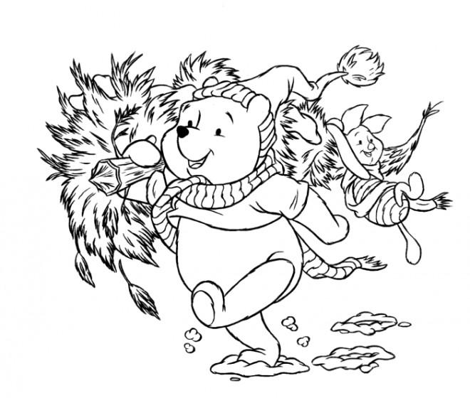 Coloriage et dessins gratuits Winnie apporte le Sapin de Noel à imprimer