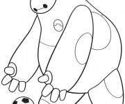 Coloriage Héro de Disney joue au ballon
