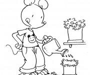 Coloriage Une Souris fait du Jardinage