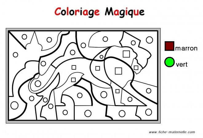 Coloriage et dessins gratuits Magique Maternelle en marron et vert à imprimer